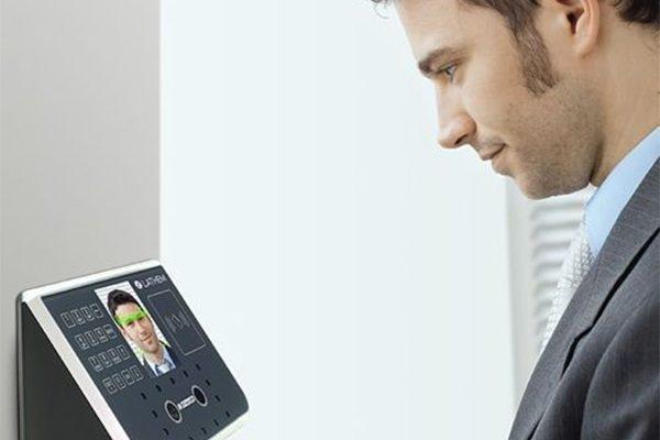 Tìm hiểu về dòng máy chấm công nhân diện khuôn mặt ZKTeco